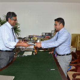Department of Business Economics signs an MOU with International Institute of Knowledge Management (TIIKM)