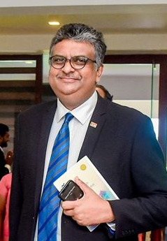 Senior Professor Sampath Amaratunge becomes the first ever Senior Professor (Chair) of Business Economics at the Department of Business Economics