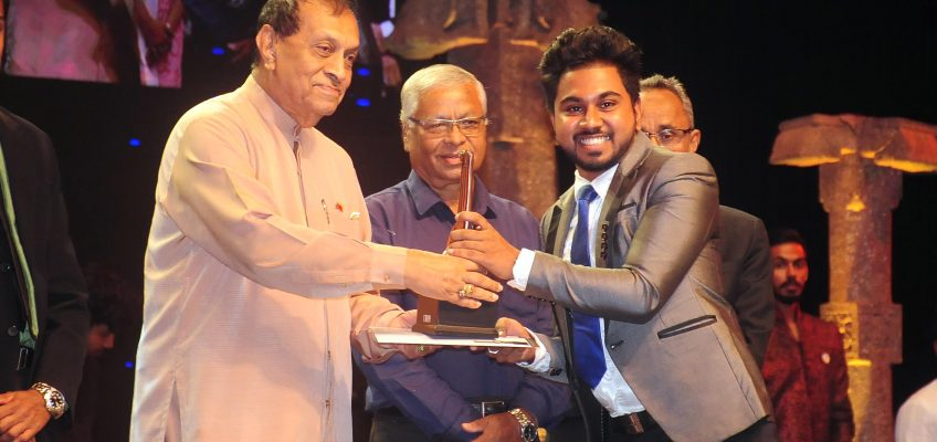 BEC Student wins National Youth Award 2019 for Best Speaker